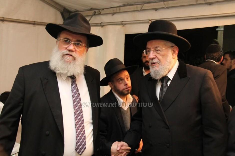 הרב חגי הלוי הגיע עם הרב ישראל מאיר לאו לנחם את משפחת אשכנזי